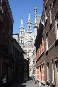 Leuven met stadhuis op de achtergrond